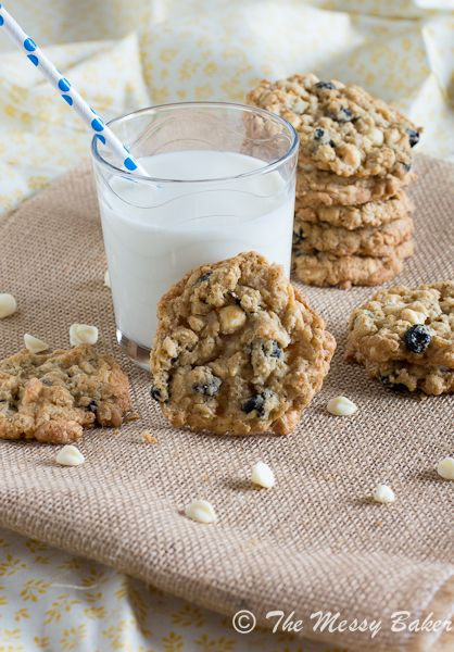 Blueberries & Cream Oatmeal Cookies