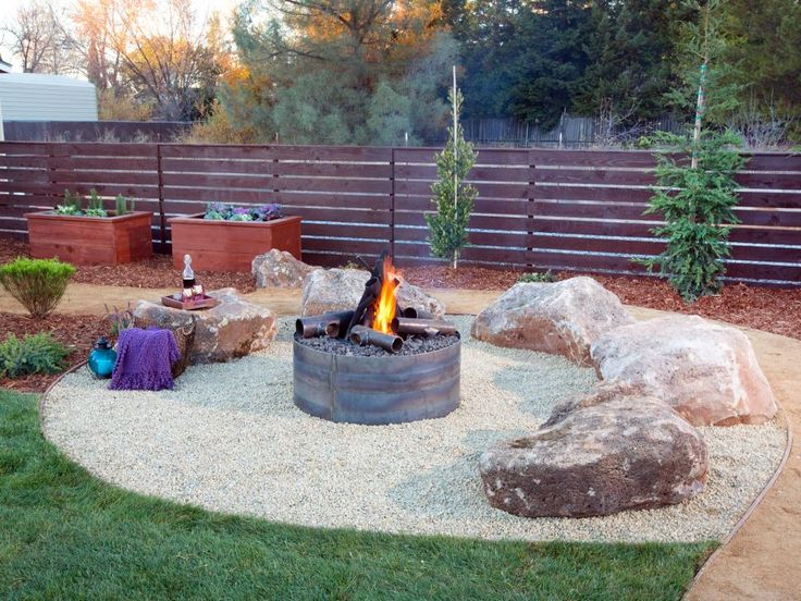 12 Budget-Friendly Backyards | DIY