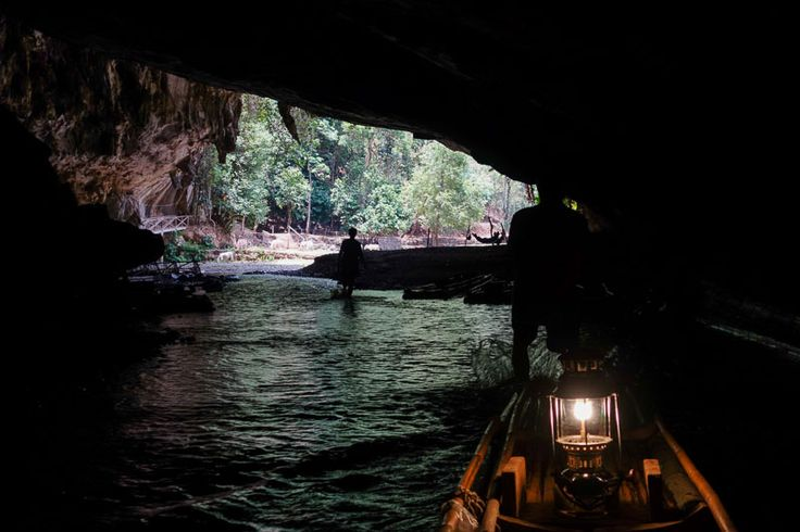 What Best Things To Do In Pai Thailand - Inside the Tham Lod Cave