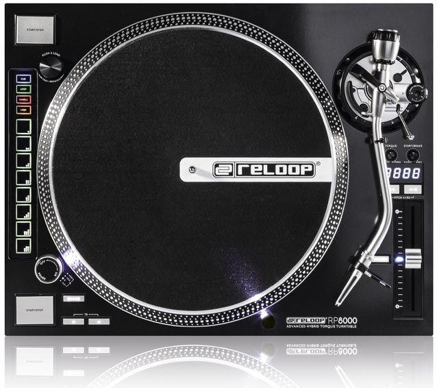 De RP8000 Platenspeler van Reloop ondersteund vanaf nu Flipmodus in Serato DJ. Je hebt daar wel de upgrade naar versie 1.7 en de laatste fi...