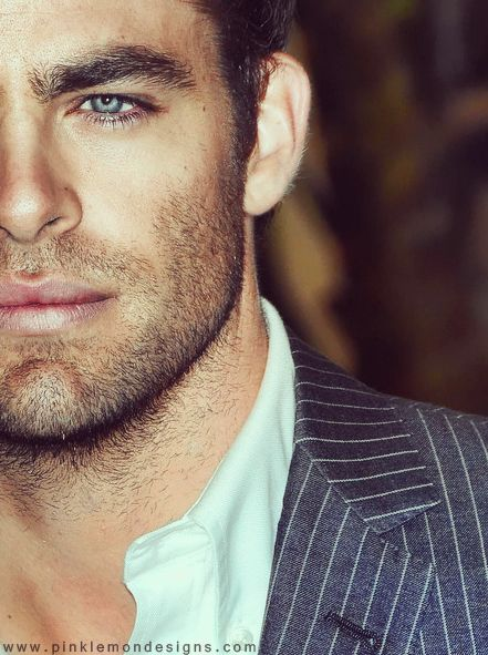 Chris Pine. scruff and blue eyes