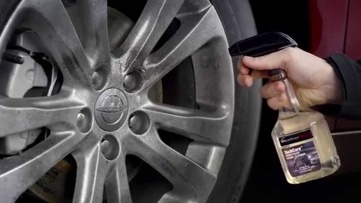 Do your wheels need a thorough cleaning?The WeatherTech® TechCare® Heavy Duty Wheel Cleaner makes removing damaging brake and rotor dust from all wheel and rim types, easy. See it in action!