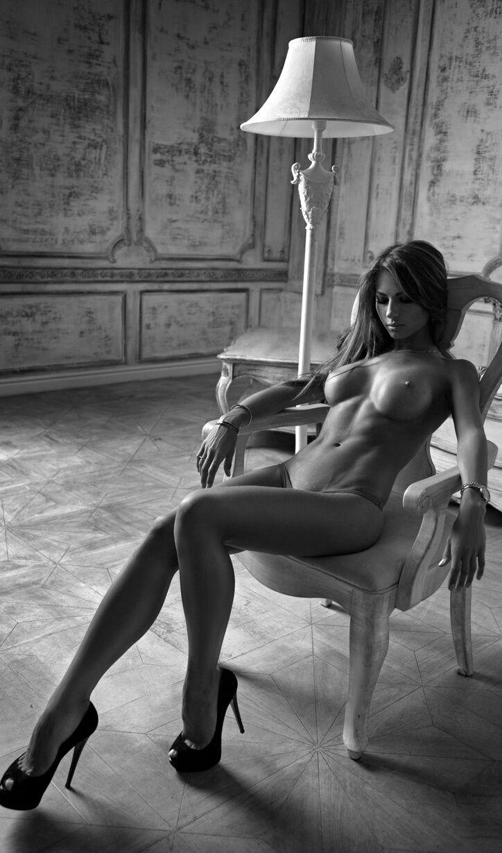 Rasia nude grils photo bolg