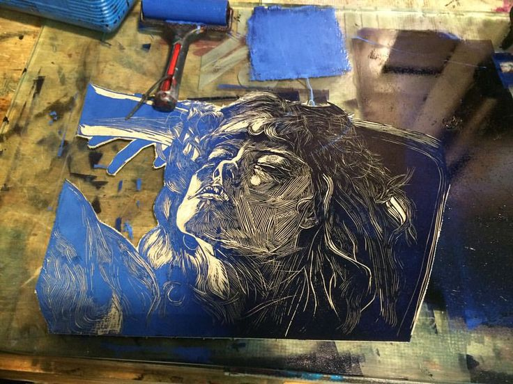 #printing #blue #woman #linocut #linocuts #imprimiendo #grabado #azul #mujer