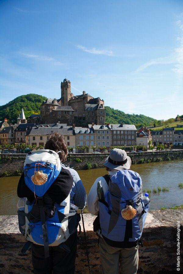 Estaing - Aveyron - Plus beaux vilages de France #TourismeMidiPy #MidiPyrenees #France