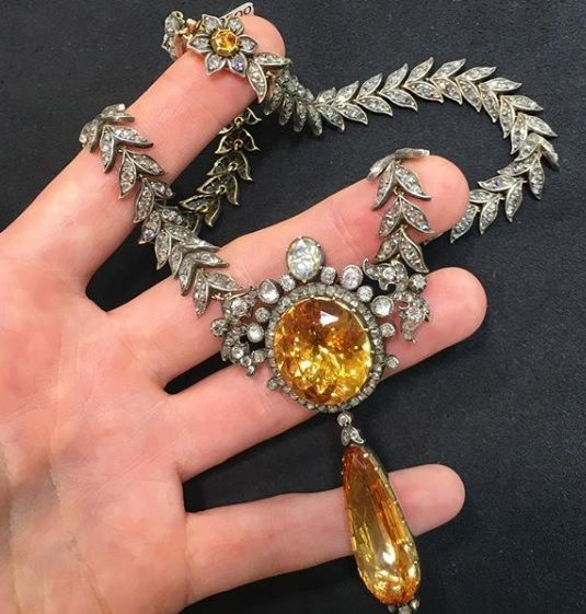 Antike kaiserliche Topas- und Diamantkette – Ins…