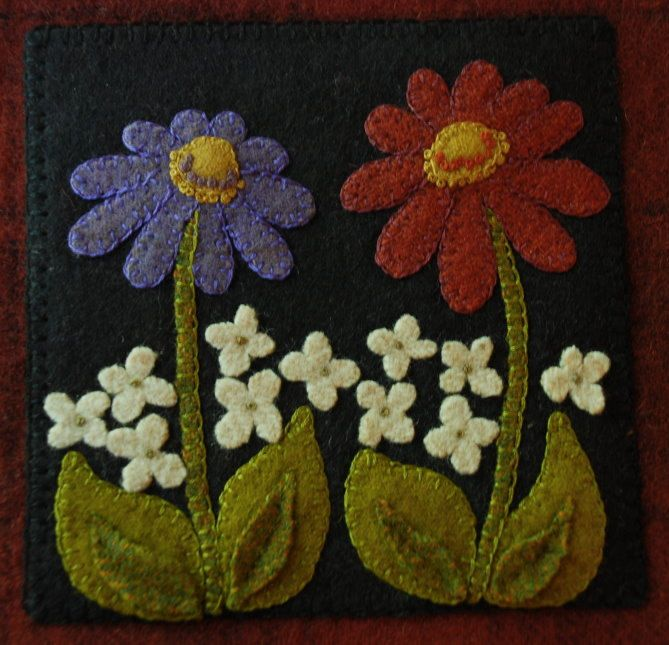Primitive folk art wool applique hand dyed by HorseAndBuggyCountry