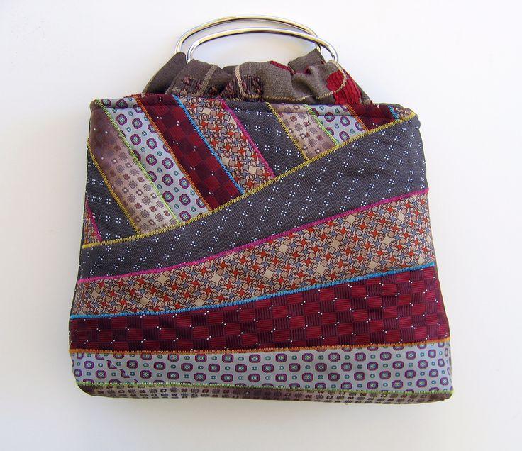 http://heatherlorin.blogspot.com/2007/02/creative-ties.html