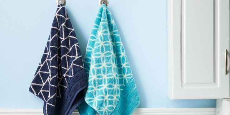 Spruce up your bathroom towels with a super-easy printing technique.