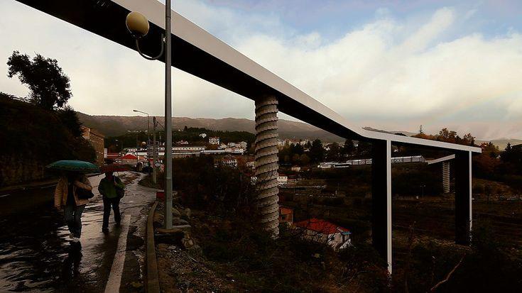 Image 3 of 49 from gallery of Pedestrian Bridge / JLCG Arquitectos.