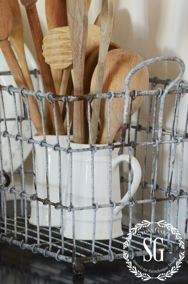 FARMHOUSE STYLE. Wire Basket DecorVintage ...