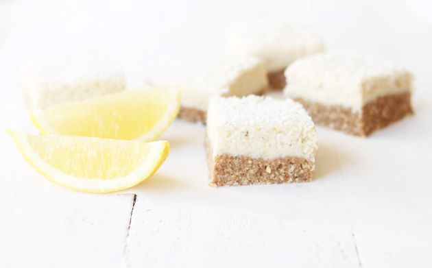 Healthy lemon slice + a bakers guide to raw food