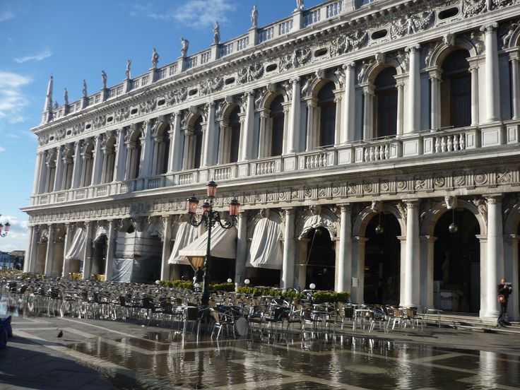 Gorgeous Venice.....but slightly flooded!!