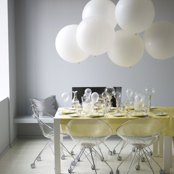 Bubble themed cocktail party dinner table party themes for Champagne balloon wall