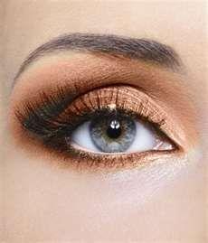 Hazel eyes - Copper eyeshadow
