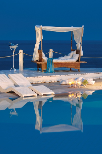Coastal Retreat Destinations| Serafini Amelia| Kivotos, Mykonos, Greece