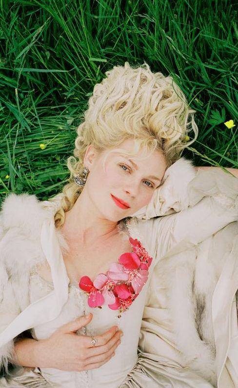 Trendy Wedding, blog  idées et inspirations mariage ♥ French Wedding Blog: Un film, un mariage : Marie-Antoinette de Sofia Co...