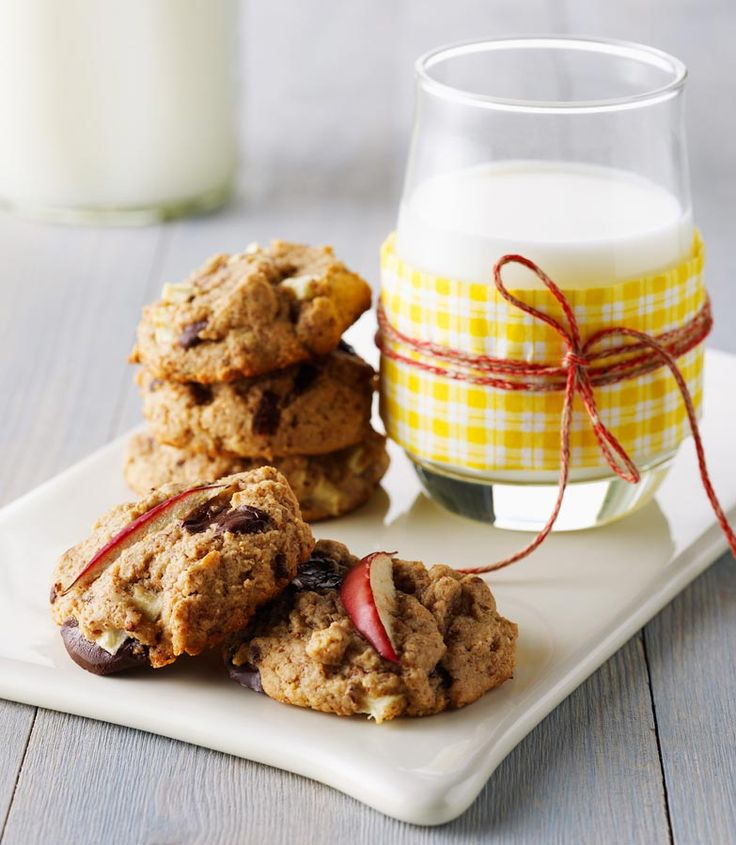 Ontario apples, dark chocolate and almond butter blend beautifully to create these scrumptious cookies that are perfect for dessert or a between-meal snack!