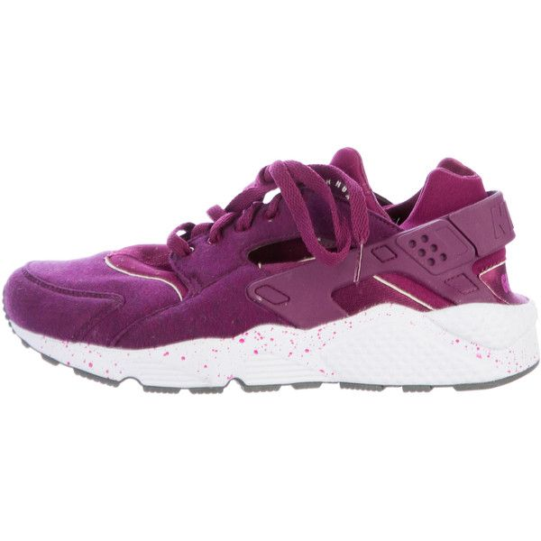 Pre-owned Nike Air Huarache Low-Top Sneakers ($85) ❤ liked on Polyvore featuring men's fashion, men's shoes, men's sneakers, purple, men's low top shoes, mens shoes, mens purple sneakers, mens sneakers and nike mens sneakers