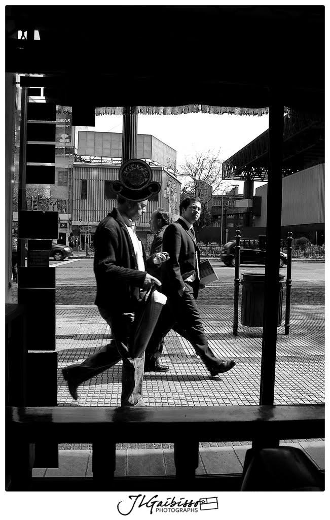"""Walk"" | Alameda, Santiago-Chile | 2009"
