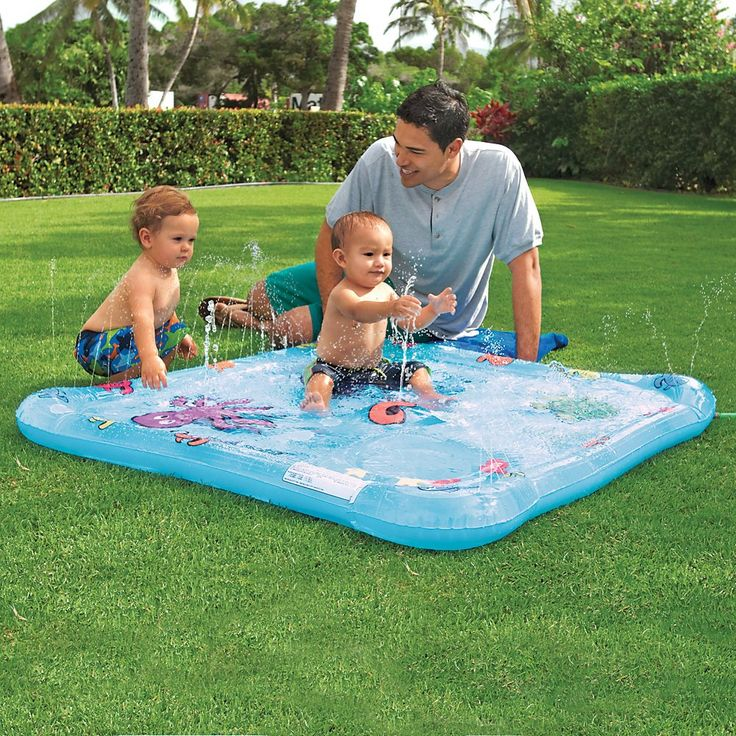 Li'l Squirt Baby Wading Pool by One Step Ahead   seen on Amazon.com   I can't wait to chech this one out!