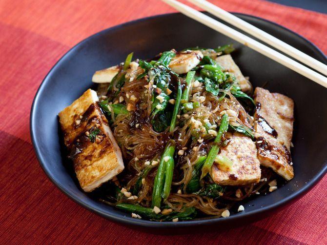 Recept voor gebakken tofu met rijstnoedels. Low Fodmap!