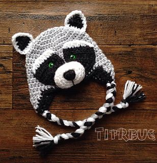 Le raton Laveur Raccoon hat by Christine Plante