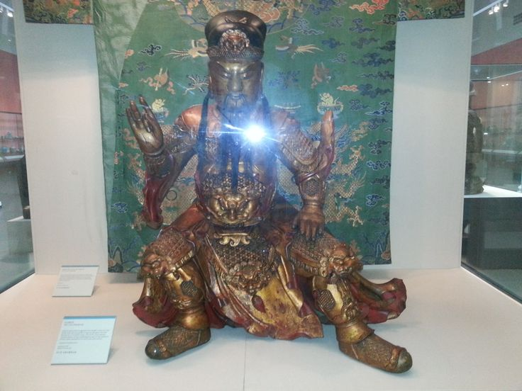 This is a photo of a statue I have captured from the Victoria and Albert Museum. I love the colours in the design because the darkness of the red makes the richness of the gold stand out.