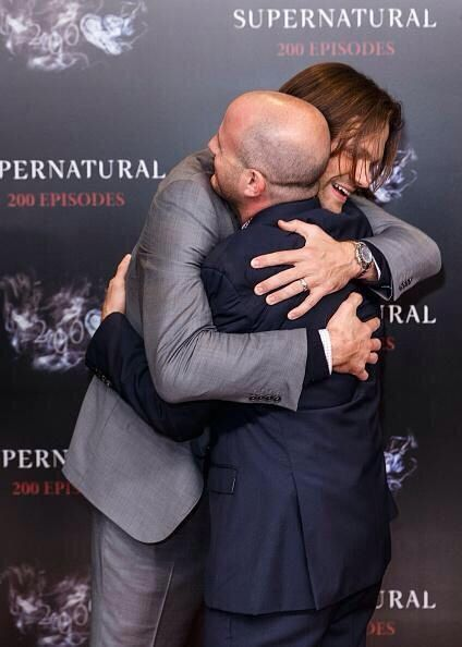 SPN200...JP & Eric Kripke - Jared, literally the best giver of hugs <3