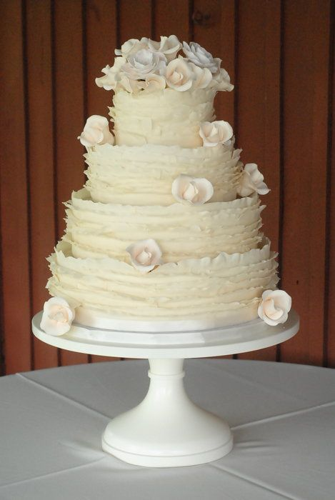 ruffled wedding cakes 17 best ideas about ruffled wedding cakes on 19458