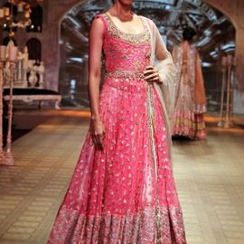 Bridal Wear Photos. Browse through thousands of Bridal Wear Photos for Inspiration and Ideas of Sarees, Ghagras, Lehangas, Silk Sarees and Designer Wear from Top Fashion Designers | SayShaadi.com