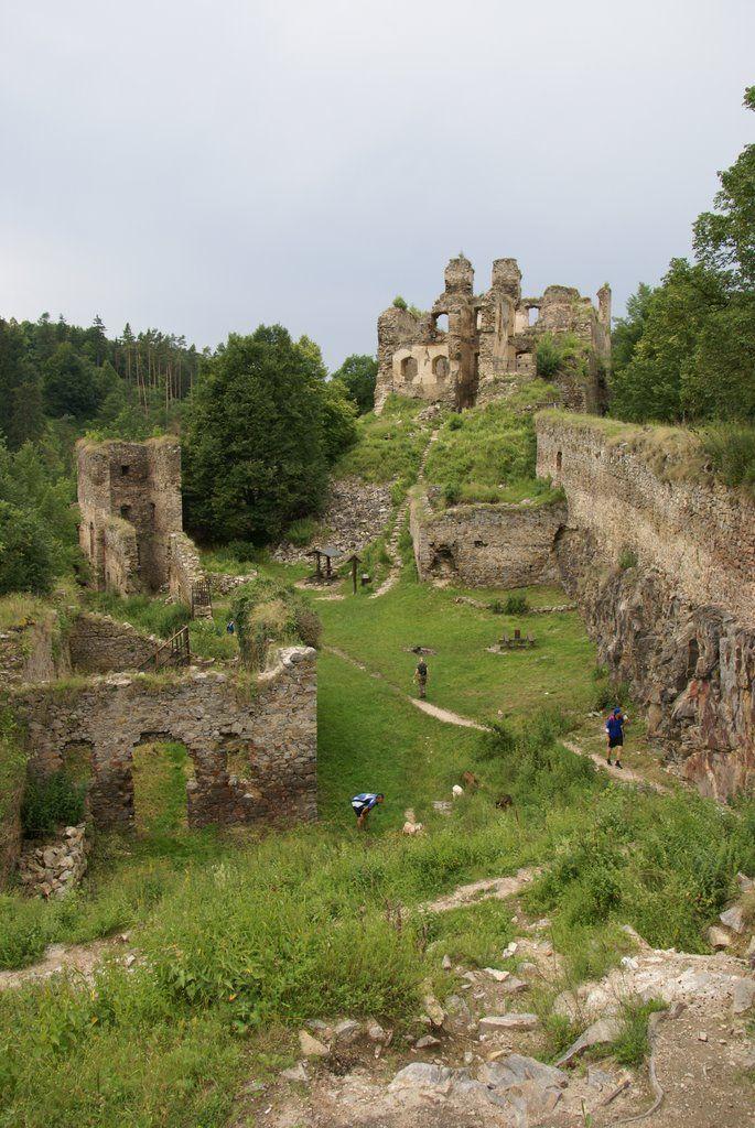 Dívčí kámen, wandelen bij ruine in buurt van Cesky Krumlov