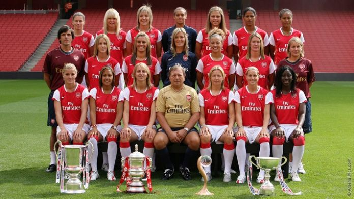 Arsenal Ladies: a decade of success. Arsenal Ladies with the Quadruple in 2007.