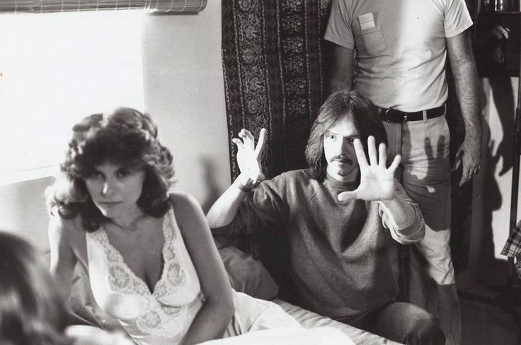 John Carpenter directs Adrienne Barbeau on the set of The Fog [1980] : Moviesinthemaking