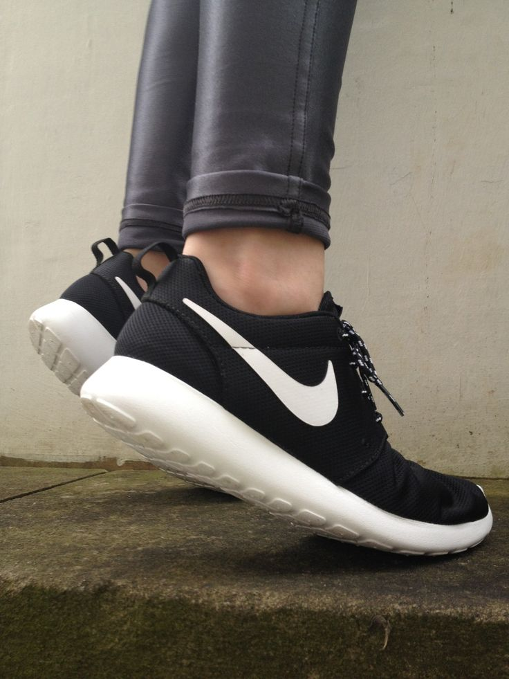 black nike running shoes tumblr. nike shoes roshe air max free run women men chirldren want and have just ! black running tumblr