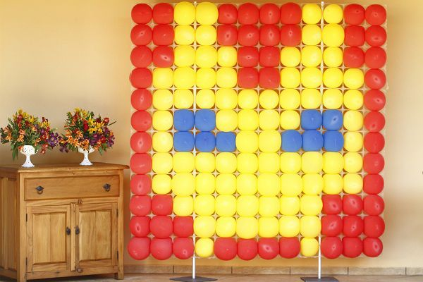 Hmmm.. Minecraft could so be done...The Avengers:The Iron Man Balloons (picture ideas)