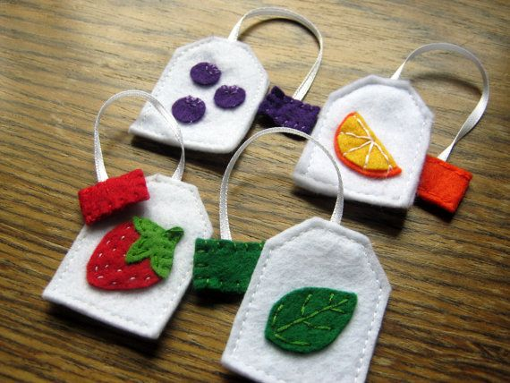 Play food  Tea party playset  4 felt tea bags by DusiCrafts