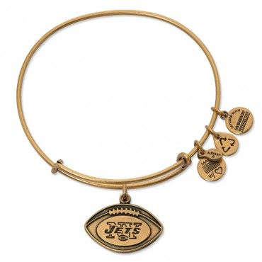 if someone wants to get me this, I would love them forever and ever New York Jets Football Charm Bangle