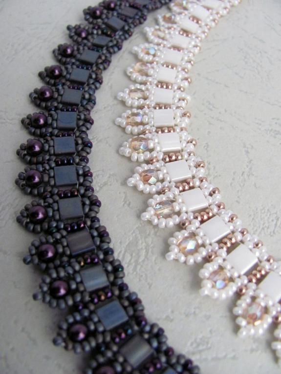 Jewelry: Beadwoven necklace 'To The Point'