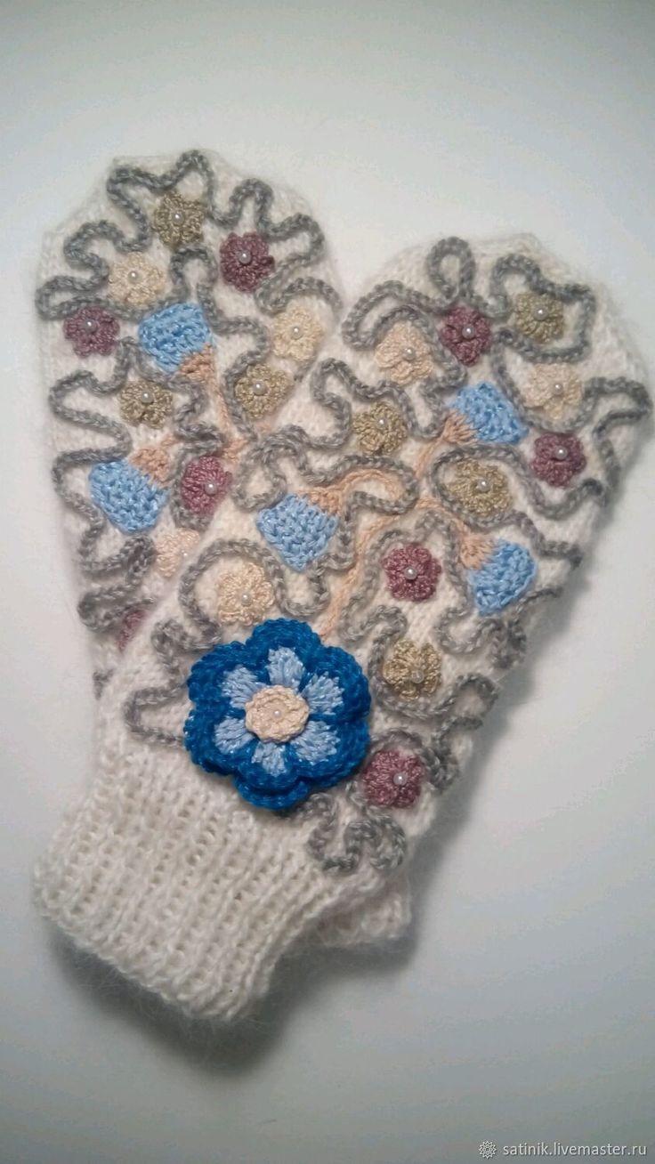 Варежки пуховые Первоцветы – купить в интернет-магазине на Ярмарке Мастеров с доставкой