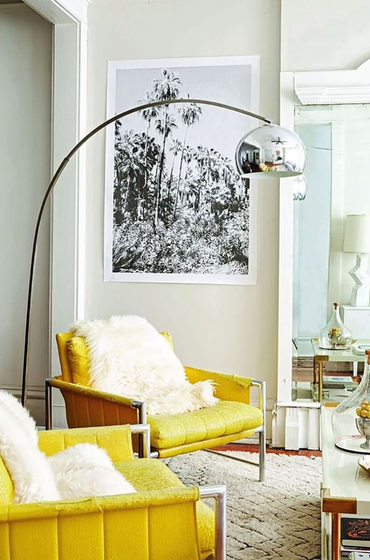 Color Trends – Lemon/Buttercup Yellow Yellow is very on-trend and with some white and Silver accents and a hint of timber and greenery would look amazing I think! :-)