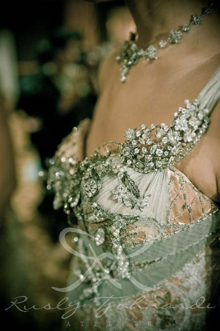 #silver #heliopolis #details #crystals #couture gown by Rusly Tjohnardi Atelier