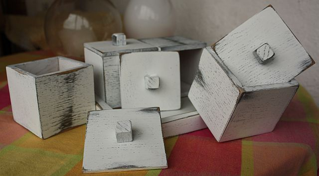 large view of 4 piece box set