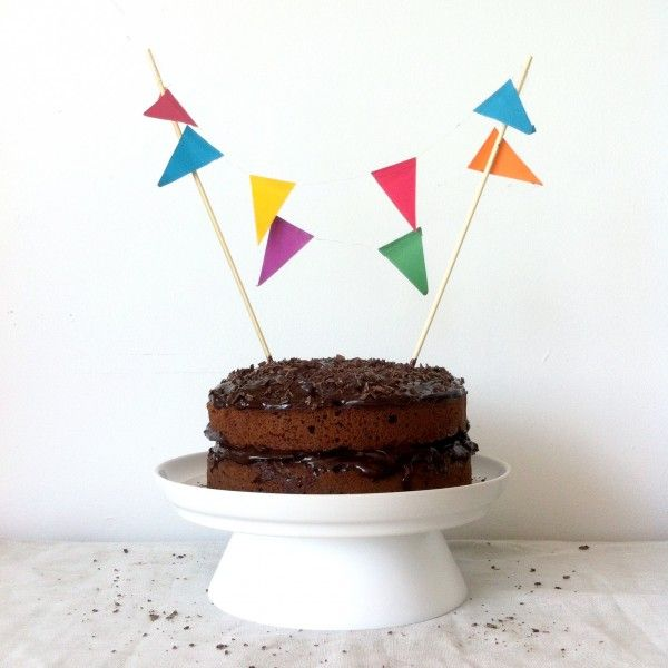Happy Birthday | Chocoladetaart met Tony topping