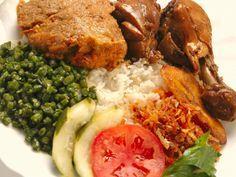 Surinaams eten!: Surinaamse recepten: Pom met zoutvlees en kip