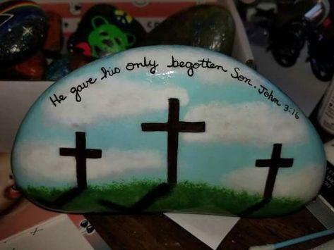 Creative DIY Easter Painted Rock Ideas 45