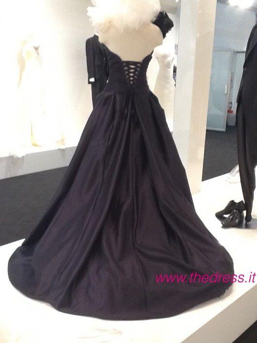 Fiordaliso - Exclusive thedress.it http://www.thedress.it/4982/esclusiva-la-sposa-carlo-pignatelli-couture-2013-dal-vivo/