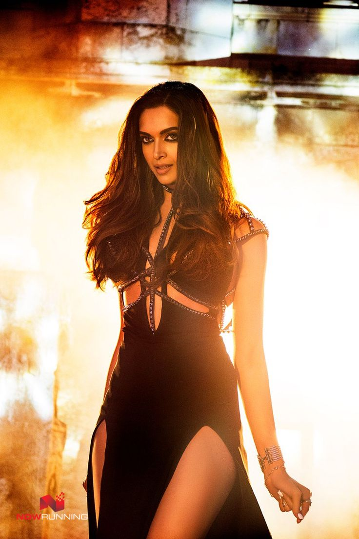 The most gorgeous Deepika Padukone's first look in 'Raabta'