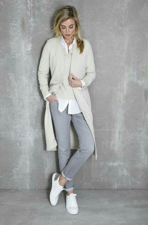 Graue Jeans, beige