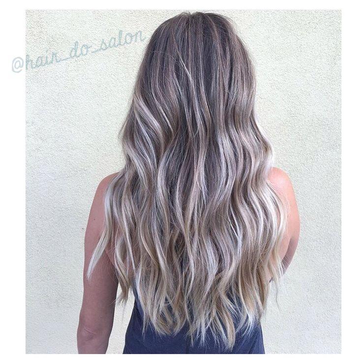 Gorgeous wavy hair with ombré